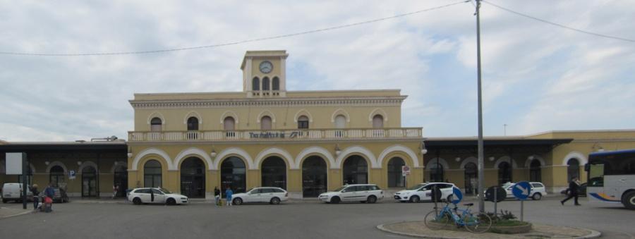 Taranto Station