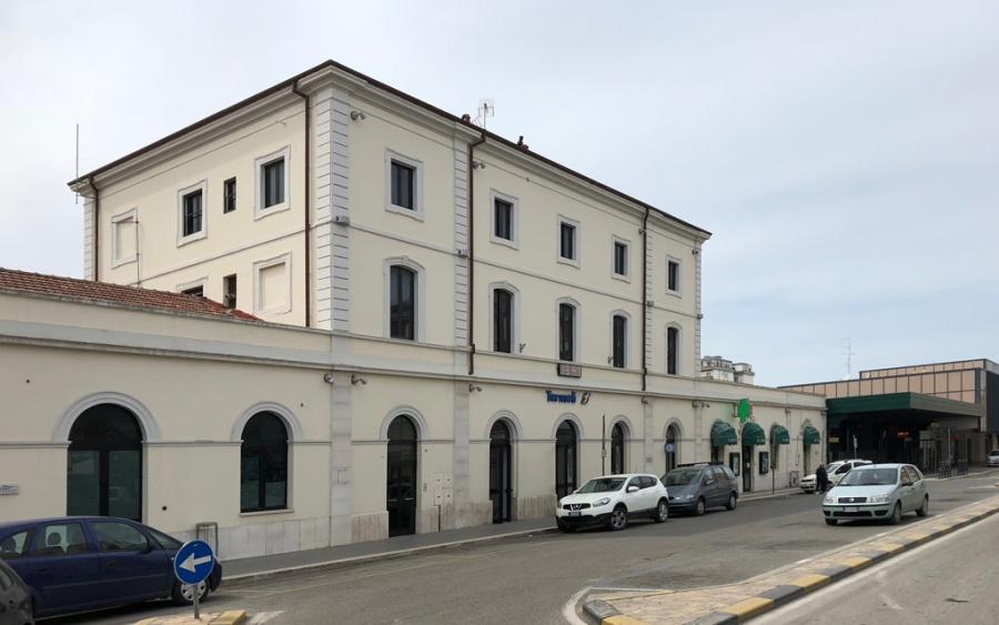 Termoli Station today